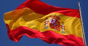 Spanje vuurt op Pirates